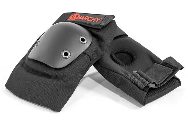 Coderas de protección para scooter freestyle de la marca Anarchy